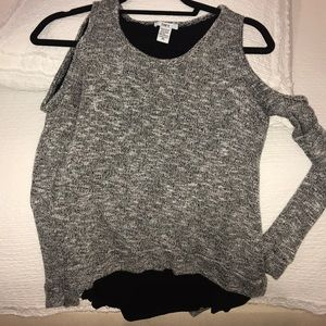 Grey/Black underlay Bar III shoulder cut out top